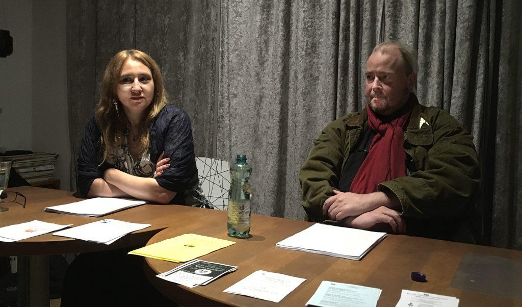 Renate Woltron und Manuel Girisch auf der Suche nach dem Einhorn im read!!ing room - Lachperlen 10